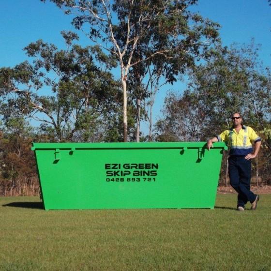 truck-and-bins-027-560x560
